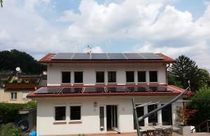 8,7 kWp in Wien 16 verteilt auf 2 Dächer